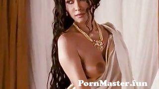 View Full Screen: desi indian actress nandana sen nude.jpg