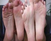 Jerk To Me Feet looser (jerking off instructions JOI) from mypornsnap me feet